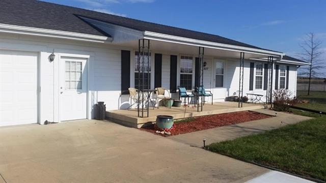 38177 Plum Creek Road, Osawatomie, KS 66064 (#2099207) :: The Shannon Lyon Group - ReeceNichols