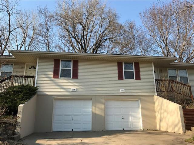 316 NW 62nd Terrace, Gladstone, MO 64118 (#2099292) :: NestWork Homes