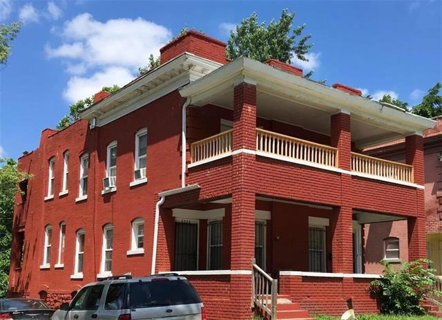 3332 Tracy Avenue, Kansas City, MO 64109 (#2099373) :: Char MacCallum Real Estate Group