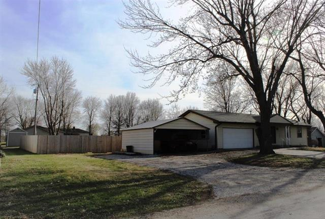 26381 W 321st Street, Paola, KS 66071 (#2099586) :: Char MacCallum Real Estate Group
