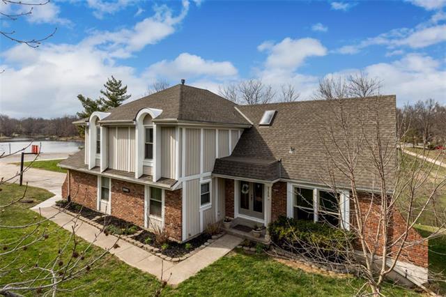 8209 NW Twin Oaks Street, Kansas City, MO 64151 (#2099614) :: HergGroup Kansas City