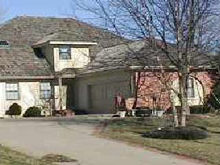 11108 W 99 Street, Overland Park, KS 66214 (#2099645) :: The Gunselman Team
