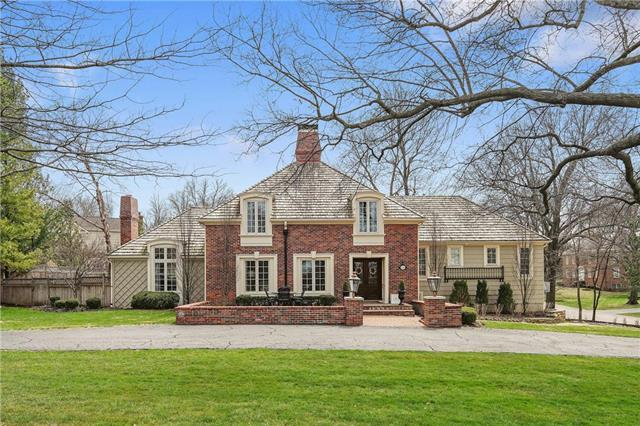 6333 Verona Road, Mission Hills, KS 66208 (#2099654) :: Char MacCallum Real Estate Group