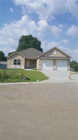 308 Fairview Circle, Platte City, MO 64079 (#2099681) :: Edie Waters Network