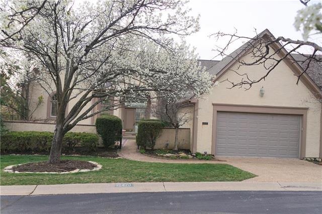 12420 Linden Street, Leawood, KS 66209 (#2099963) :: No Borders Real Estate