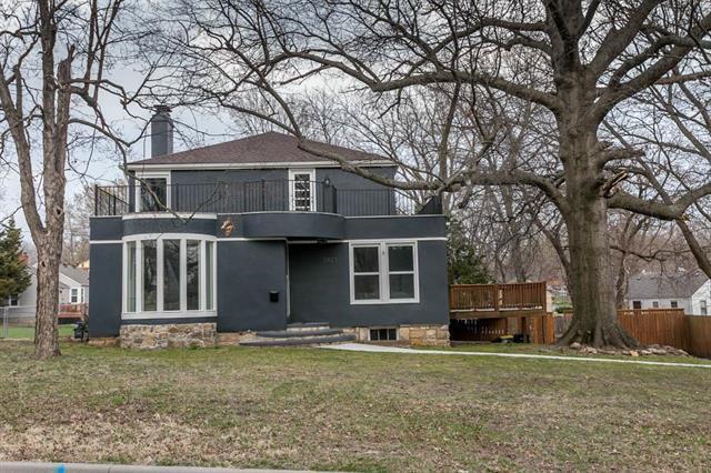 5923 Hardy Street, Merriam, KS 66202 (#2100002) :: Team Real Estate
