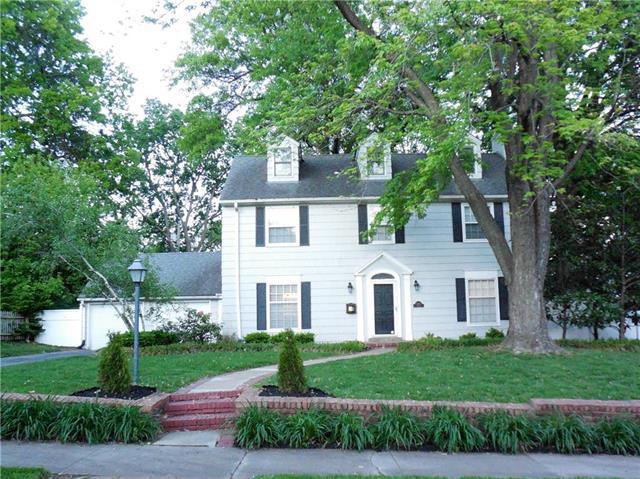 7433 Terrace Street, Kansas City, MO 64114 (#2100042) :: The Gunselman Team