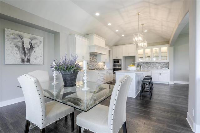 6770 Brownridge Street, Shawnee, KS 66218 (#2100186) :: No Borders Real Estate