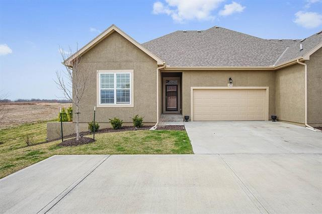 16379 W 168 Place, Olathe, KS 66062 (#2100218) :: NestWork Homes
