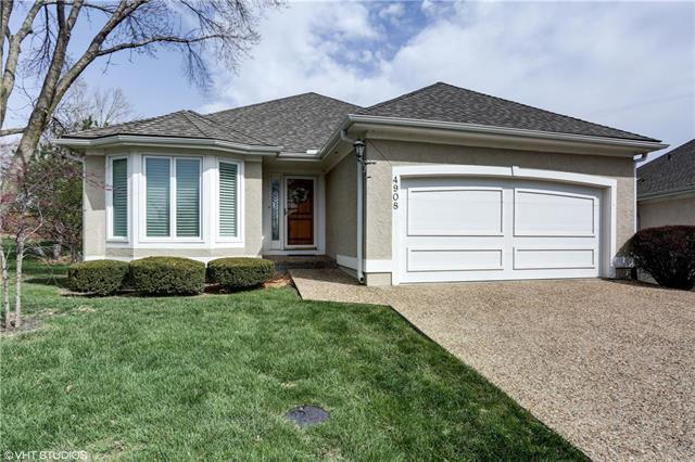 4908 W 120th Terrace, Overland Park, KS 66209 (#2100343) :: Char MacCallum Real Estate Group