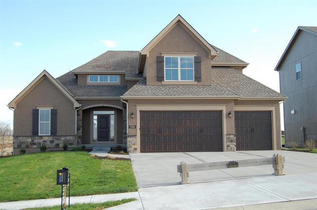 4337 Lakeview Terrace, Basehor, KS 66007 (#2100383) :: Edie Waters Network