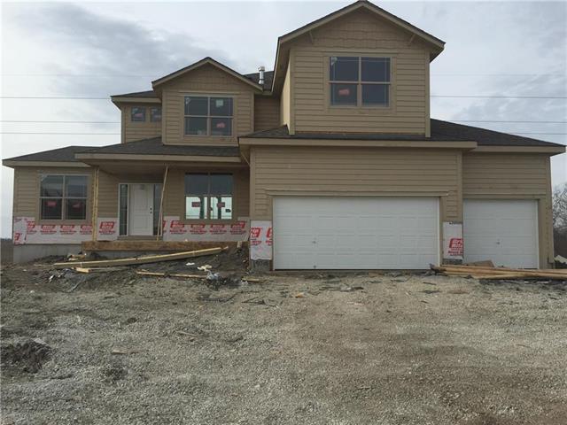 16798 S Skyview Lane, Olathe, KS 66062 (#2100393) :: No Borders Real Estate