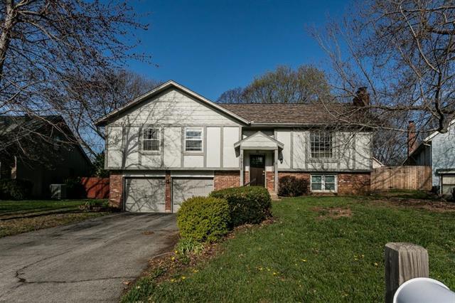 10210 Rosehill Road, Lenexa, KS 66215 (#2100509) :: NestWork Homes