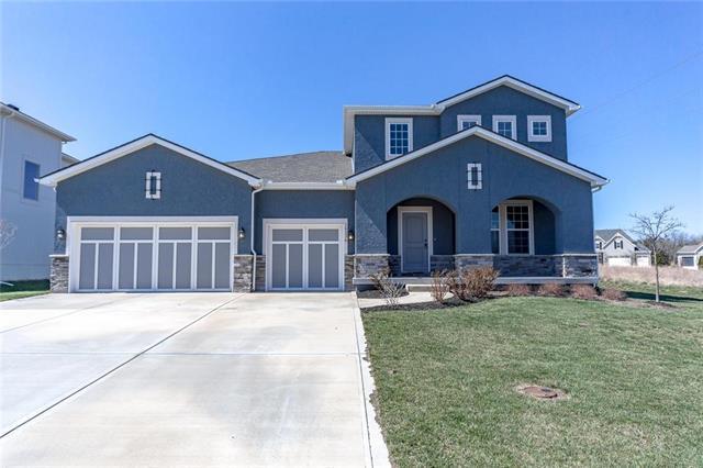 16236 Wedd Street, Overland Park, KS 66085 (#2100587) :: Char MacCallum Real Estate Group
