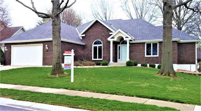2208 SW Park Avenue, Blue Springs, MO 64015 (#2100617) :: NestWork Homes