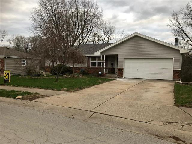 2909 S Linwood Avenue, Independence, MO 64055 (#2100793) :: Char MacCallum Real Estate Group