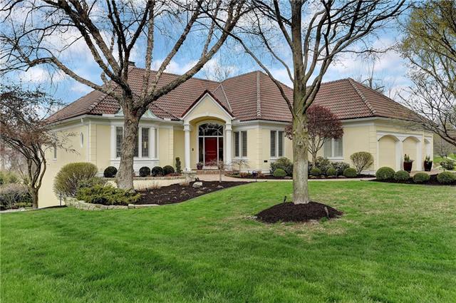 12907 Beverly Street, Overland Park, KS 66209 (#2101924) :: Edie Waters Network