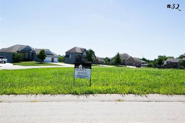 440 Lasley Branch Court, Raymore, MO 64083 (#2102120) :: Edie Waters Network