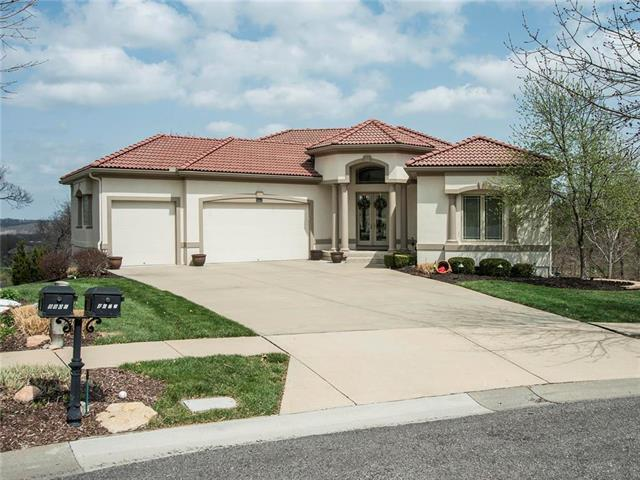 8902 Quail Ridge Lane, Lenexa, KS 66220 (#2102387) :: The Tina Team