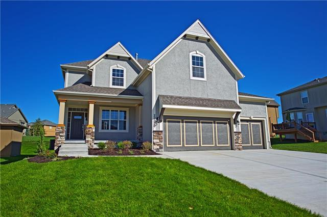 22150 W 122nd Street, Olathe, KS 66061 (#2102627) :: The Gunselman Team