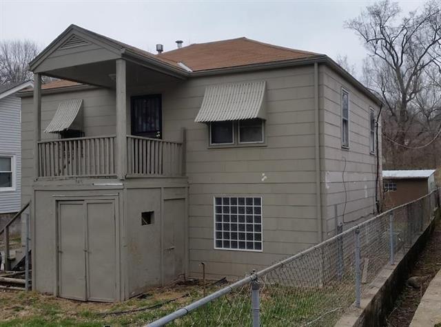 745 Ditman Avenue, Kansas City, MO 64125 (#2102740) :: Char MacCallum Real Estate Group