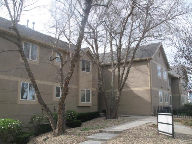 4320 Belleview Avenue #201, Kansas City, MO 64111 (#2102809) :: Edie Waters Network