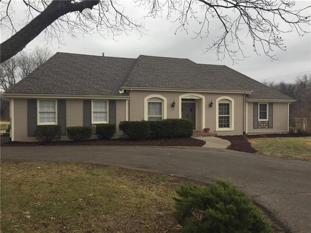 3037 Shrine Park Road, Leavenworth, KS 66048 (#2102830) :: Kedish Realty Group at Keller Williams Realty