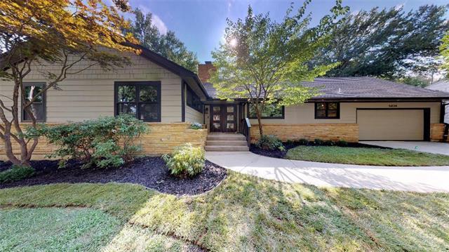 5838 Cherokee Drive, Fairway, KS 66205 (#2102913) :: Char MacCallum Real Estate Group