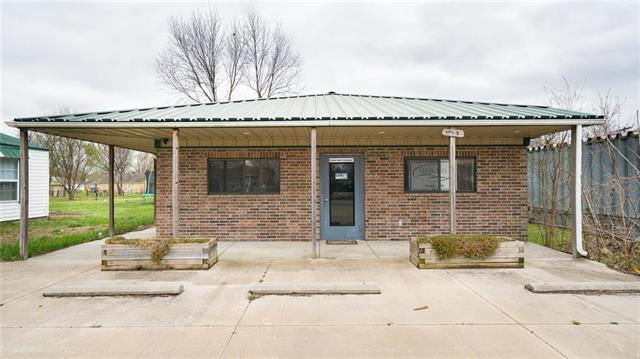 109B SW 12th Street, Oak Grove, MO 64075 (#2103086) :: The Shannon Lyon Group - ReeceNichols