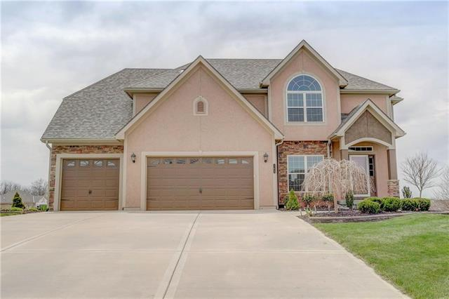 703 Indian Trail Court, Smithville, MO 64089 (#2103113) :: Kedish Realty Group at Keller Williams Realty
