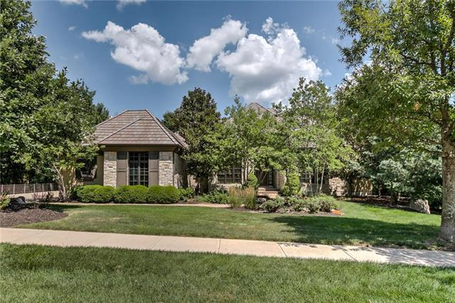 11109 Alhambra Street, Leawood, KS 66211 (#2103119) :: Edie Waters Network