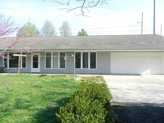 7917 Cernech Road, Kansas City, KS 66109 (#2103254) :: Edie Waters Network