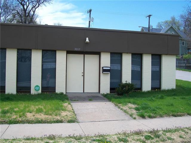 3317 Strong Avenue, Kansas City, KS 66106 (#2103281) :: NestWork Homes