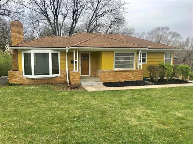 7210 Hullwood Street, Kansas City, MO 64133 (#2103301) :: NestWork Homes