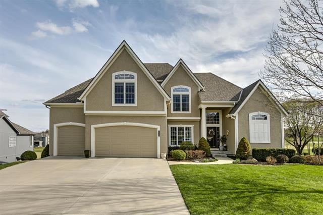 24119 W 68th Street, Shawnee, KS 66226 (#2103637) :: Char MacCallum Real Estate Group