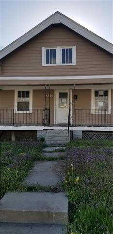 4220 Monroe Avenue, Kansas City, MO 64130 (#2103820) :: Edie Waters Network