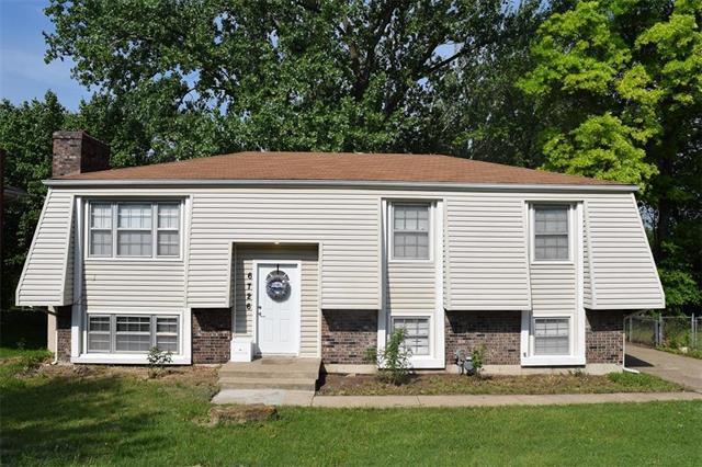 6726 N Mercier Street, Kansas City, MO 64118 (#2104060) :: The Shannon Lyon Group - ReeceNichols