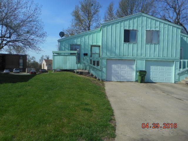 8422 Lane Place, Raytown, MO 64138 (#2104396) :: The Shannon Lyon Group - ReeceNichols