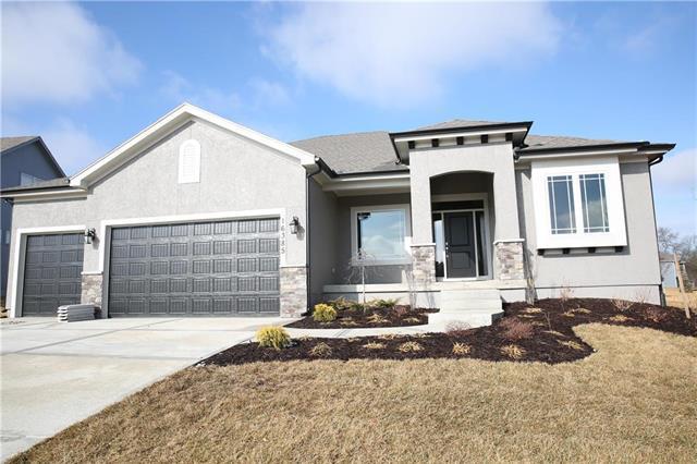 16317 S Kaw Street, Olathe, KS 66062 (#2104506) :: Char MacCallum Real Estate Group