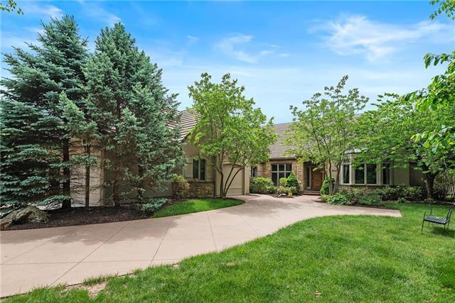 11365 Buena Vista Street, Leawood, KS 66211 (#2104582) :: Char MacCallum Real Estate Group