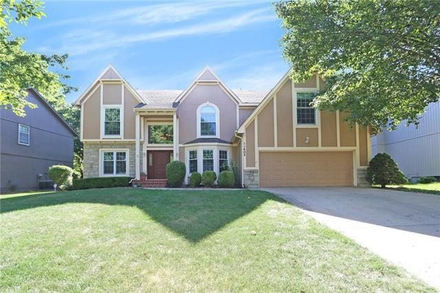11405 Mullen Road, Lenexa, KS 66215 (#2105525) :: Edie Waters Network