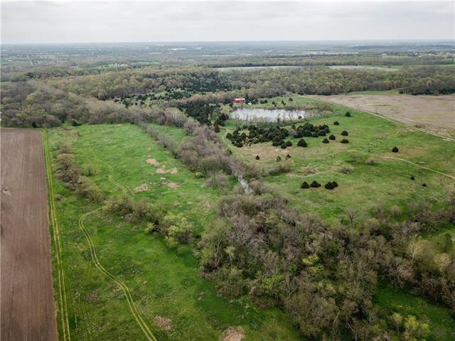 29769 Osawatomie Road, Paola, KS 66071 (#2105690) :: Char MacCallum Real Estate Group