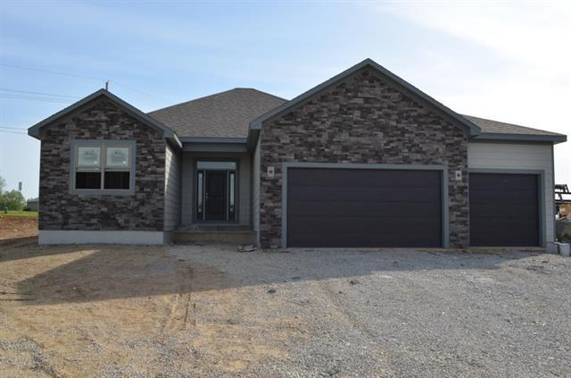 20160 W 223rd Terrace, Spring Hill, KS 66083 (#2105695) :: The Shannon Lyon Group - ReeceNichols