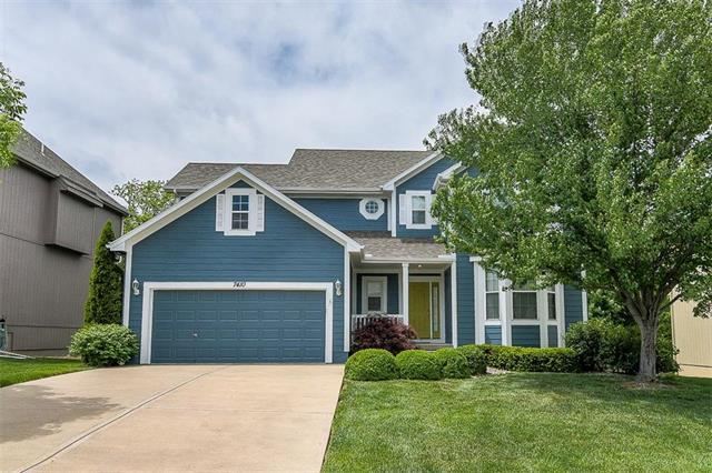7410 Charles Street, Shawnee, KS 66216 (#2106623) :: The Shannon Lyon Group - ReeceNichols