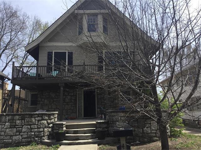 4525 Gillham Road, Kansas City, MO 64110 (#2106661) :: Char MacCallum Real Estate Group