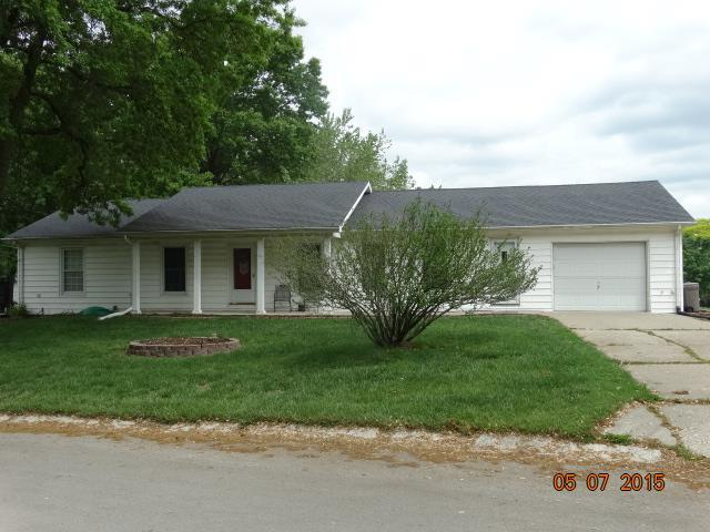 200 Ridgeway Drive, Richmond, MO 64085 (#2106788) :: Edie Waters Network