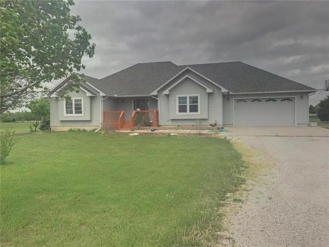 147 Hedge Road, Wellsville, KS 66092 (#2106858) :: The Shannon Lyon Group - ReeceNichols
