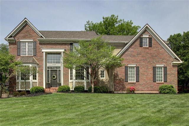 13104 Canterbury Street, Leawood, KS 66209 (#2106968) :: Team Real Estate