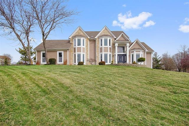 14838 Melrose Street, Overland Park, KS 66221 (#2107262) :: Char MacCallum Real Estate Group