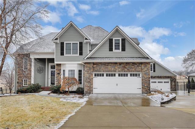 25625 W 69TH Terrace, Shawnee, KS 66226 (#2107424) :: Team Real Estate